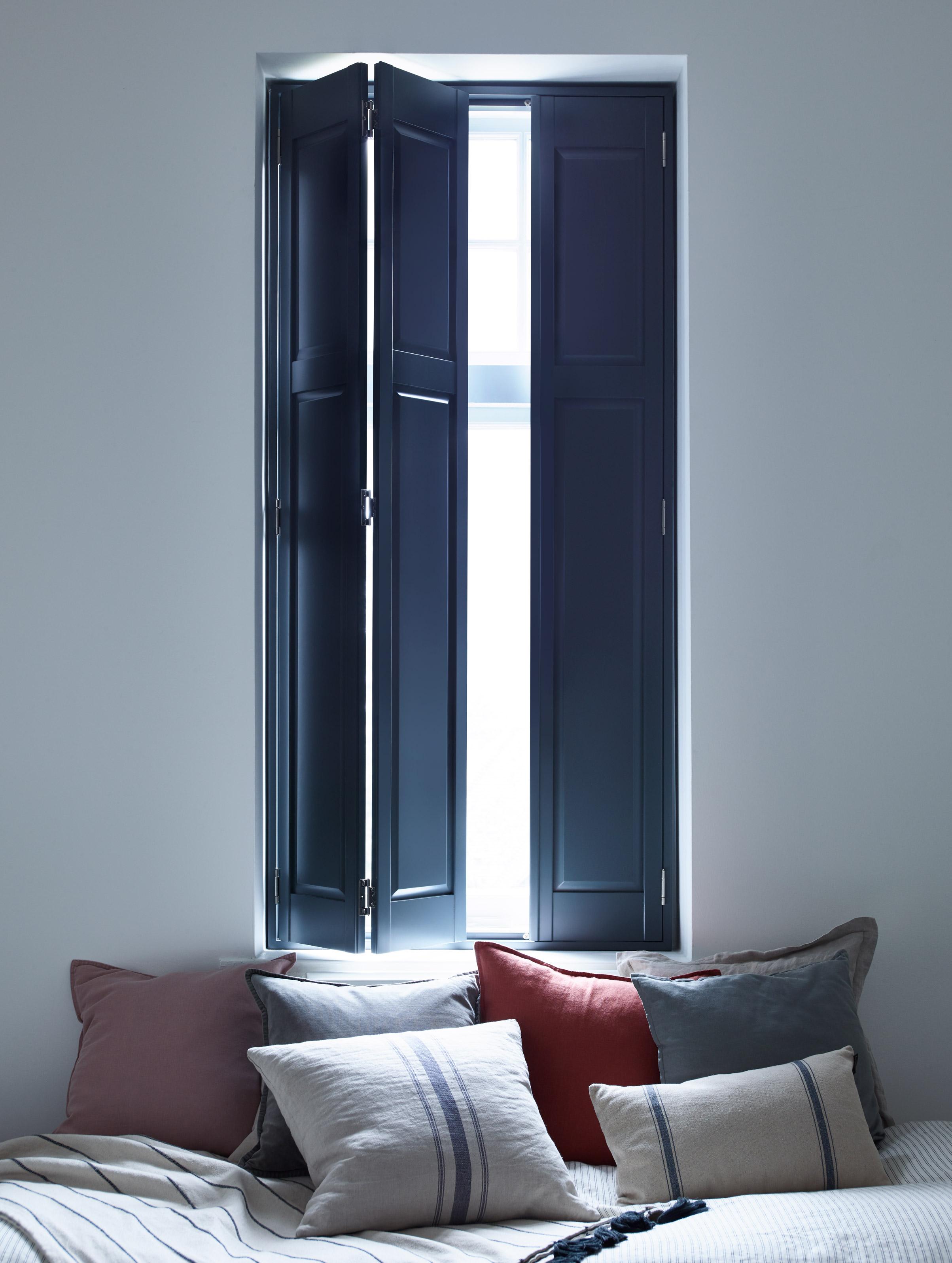 Blue Full solid raised poplar wood shutters for bedroom