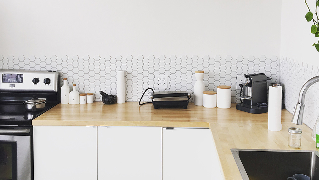 Minimal small kitchen design