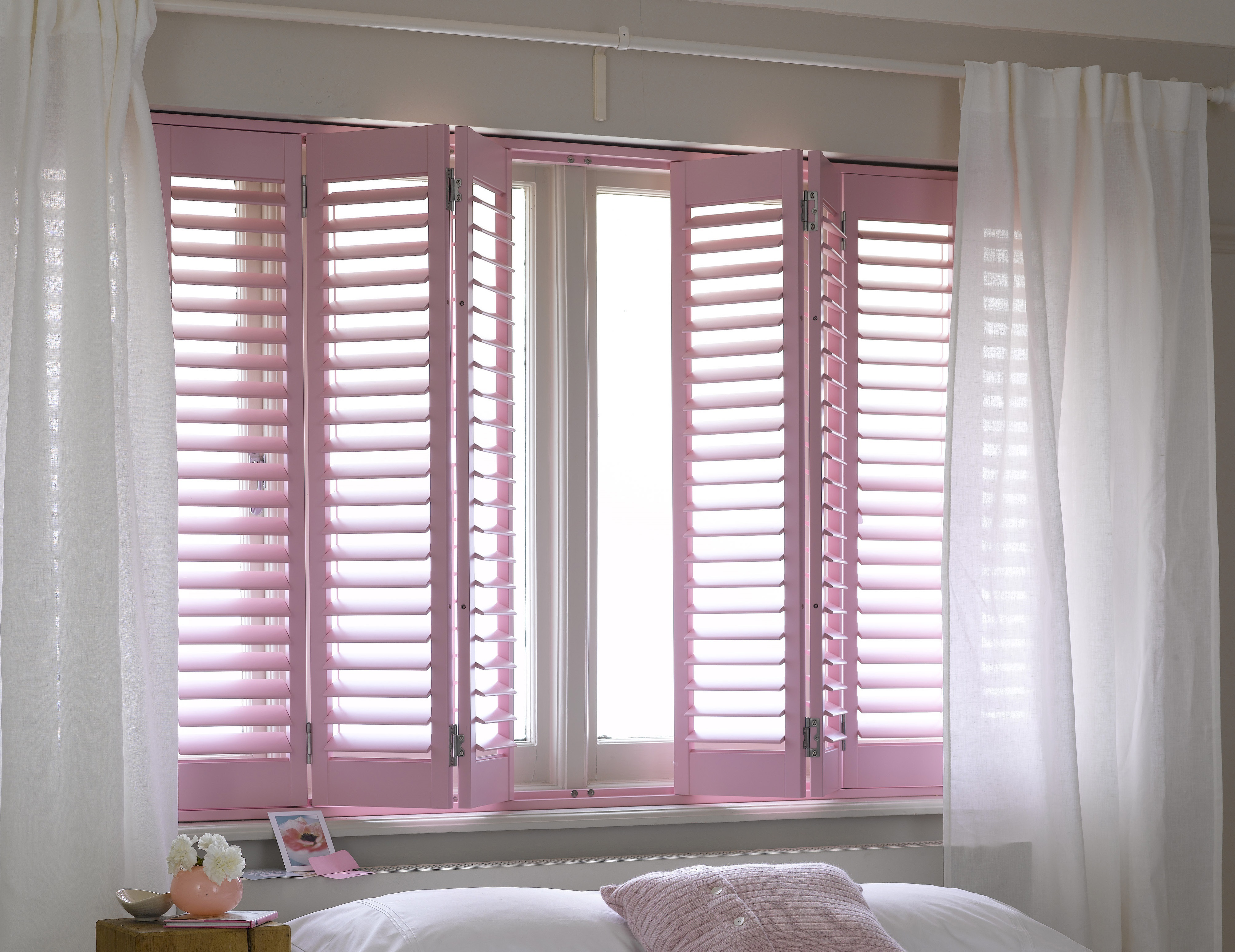 Reducing Hayfever Allergens with Plantation Shutters