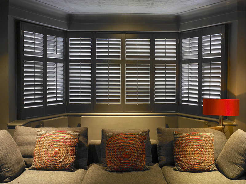 Plantation Shutters or Blinds: Which is Better?